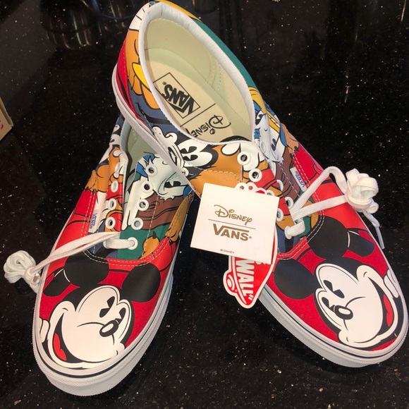 Vans Shoes   Mens Disney Mickey Mouse